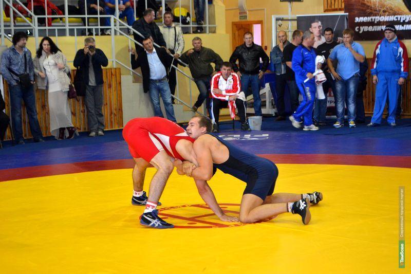 Тамбовские борцы привезли 4 медали с первенства ЦФО