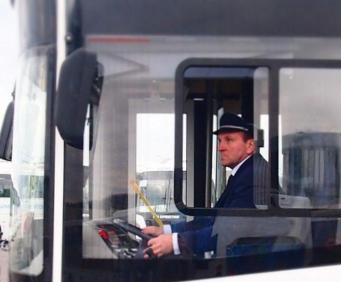 Первыми в униформу оденутся автобусники из Сосновского района