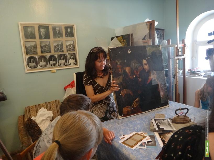 Тамбовская картинная галерея пустила посетителей в святая святых