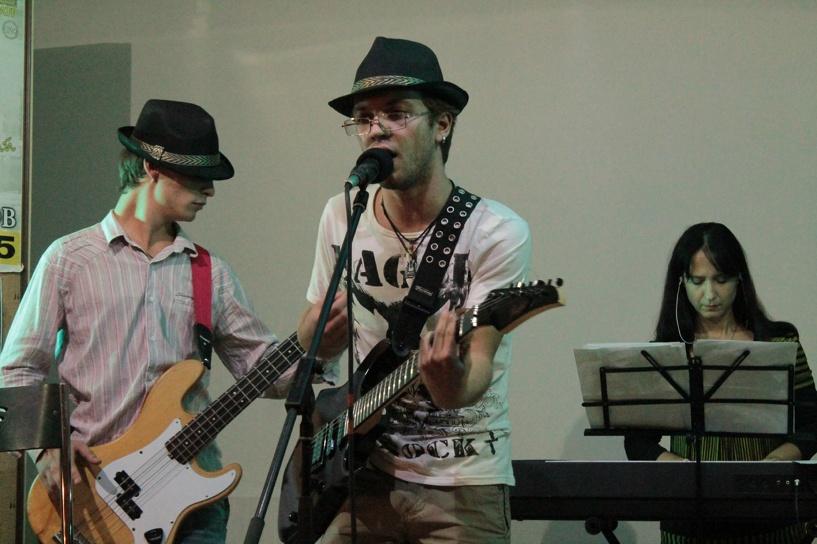 Тамбовские музыканты устроили в арт-кафе ламповый вечер