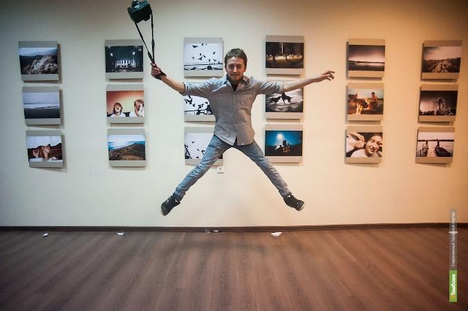 В тамбовском Доме молодежи открылась выставка фотографий Сергея Повиткова