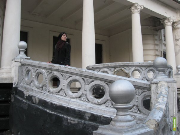 Народный фронт предлагает уволить чиновницу, выставившую на продажу дом Асеева
