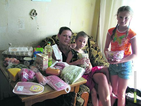 """Тамбовские семьи не могут тратить """"на себя"""" больше восьми тысяч рублей в месяц"""