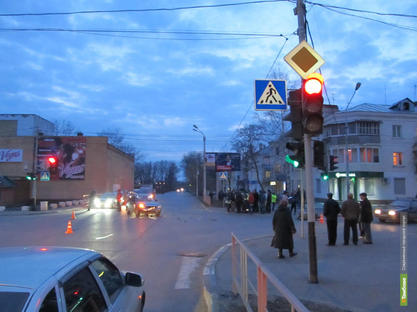 В Котовске скутерист попал под машину