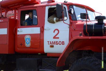 Пожарные Тамбова за сутки трижды боролись с огнём