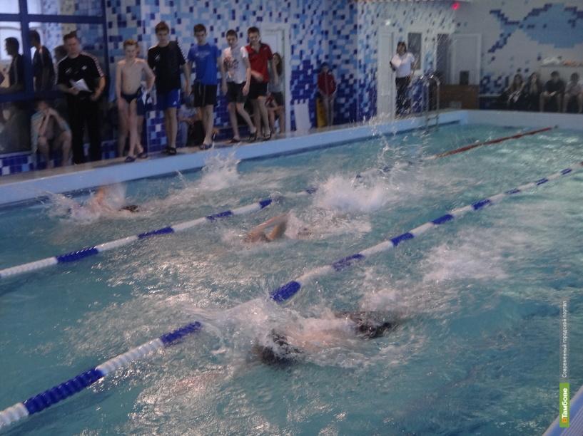Тамбовские спортсмены показали мастер-класс по плаванию