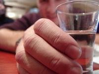 Депутаты предложили продавать водку в передвижных алкомаркетах