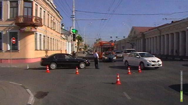 ВТамбове в центре города иномарка сбила пожилую женщину