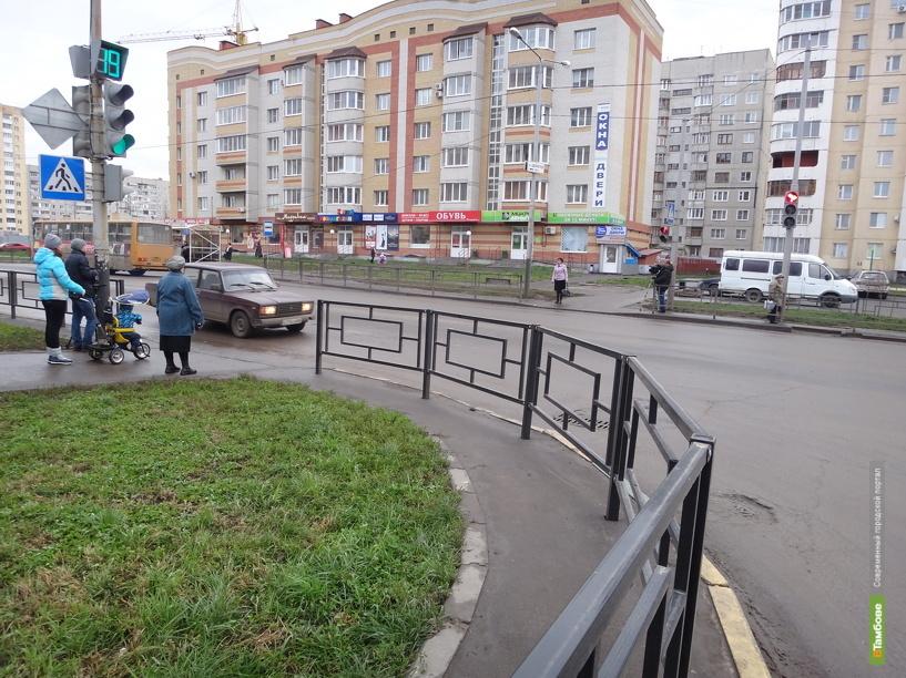 В Тамбове новыми ограждениями оборудовали 13 перекрестков