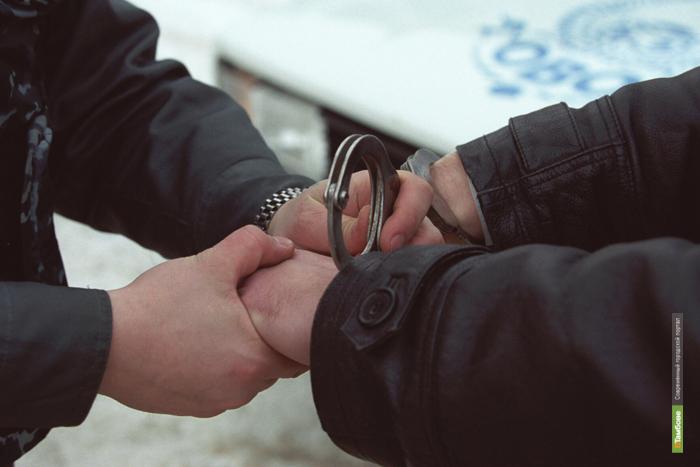 Сотрудника тамбовской полиции поймали с наркотиками