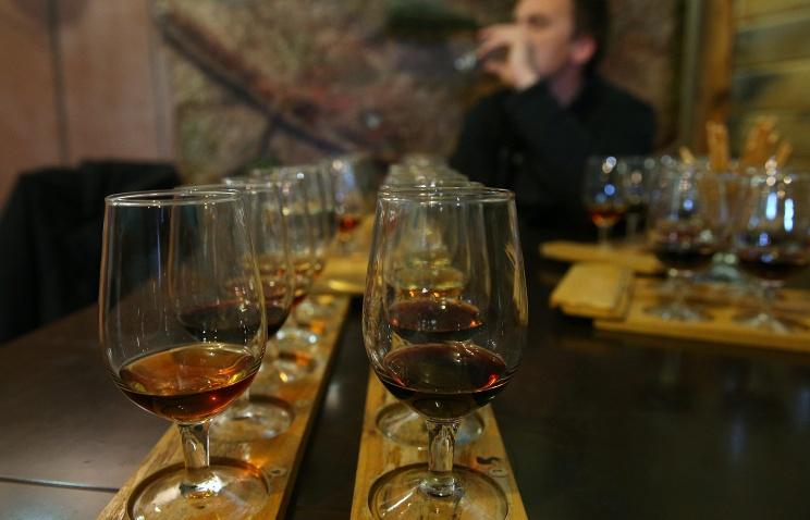 Виноделы просят Путина не завозить в Россию европейские вина