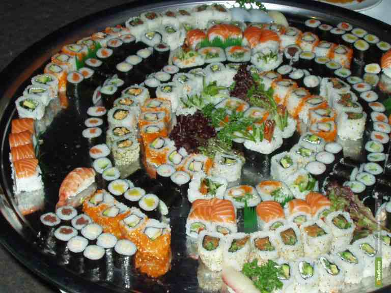 Суши признали опасными для здоровья