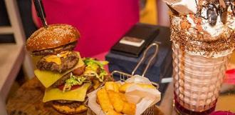 В ОАЭ продали самый дорогой в мире бургер за 10 тысяч долларов