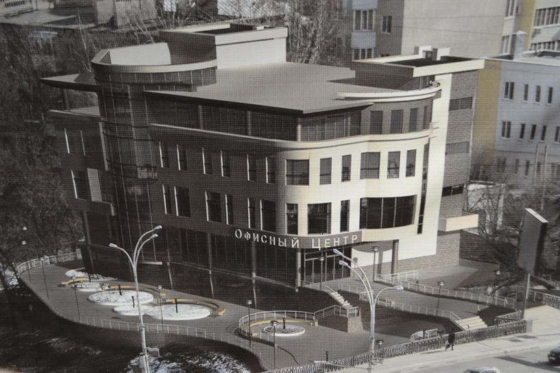 Строительство офисного центра у Студенца ведётся незаконно