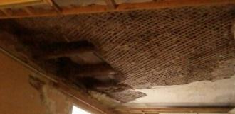 В областном военном госпитале обрушился потолок