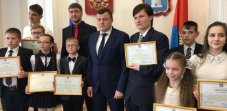 Александр Никитин встретился с победителями конкурса «Письмо губернатору»