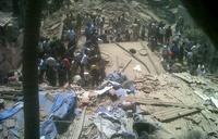 В Мумбаи рухнула семиэтажка. Под завалами ищут выживших