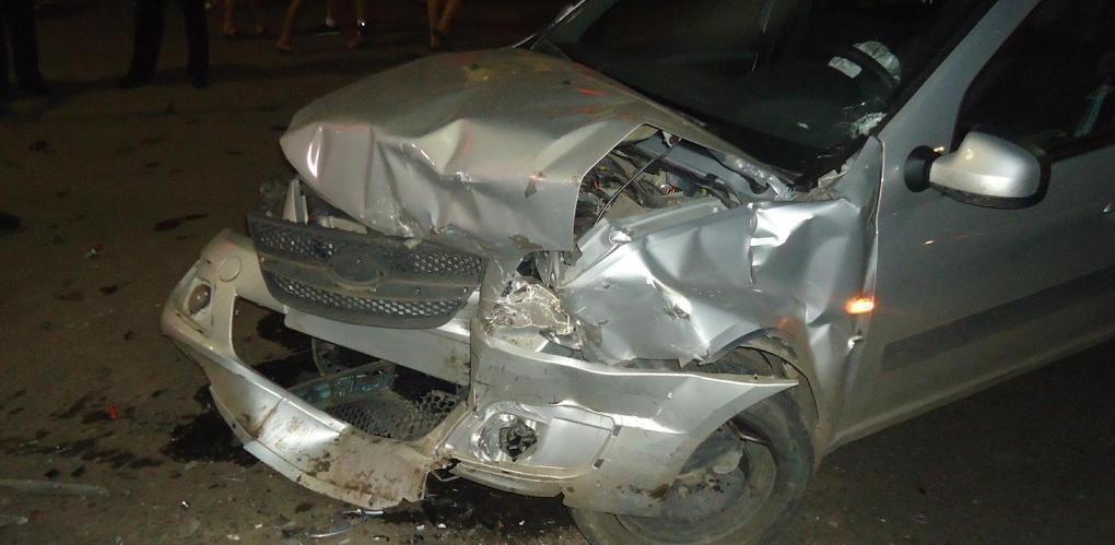 После столкновения двух автомобилей в Мичуринске в больницу попали три человека