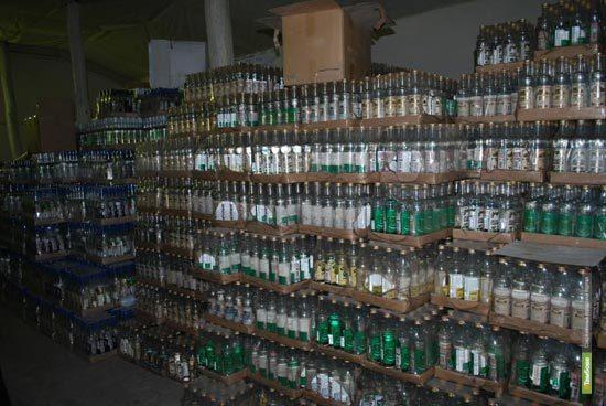 Тамбовские полицейские изъяли из продажи 400 бутылок алкоголя