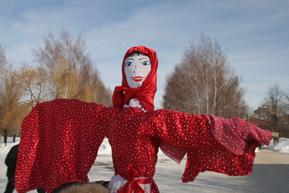 Студенты-иностранцы проводят зиму по-русски