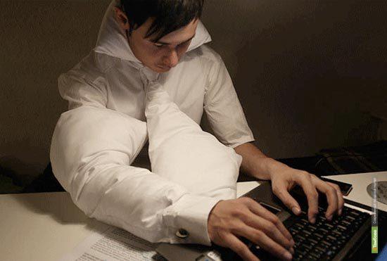 В Японии изобрели галстук-подушку