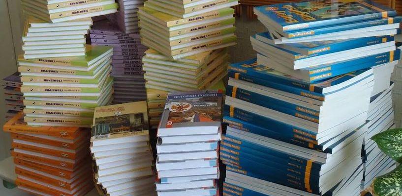 В тамбовских школах до 7-го класса все учащиеся обеспечены учебниками
