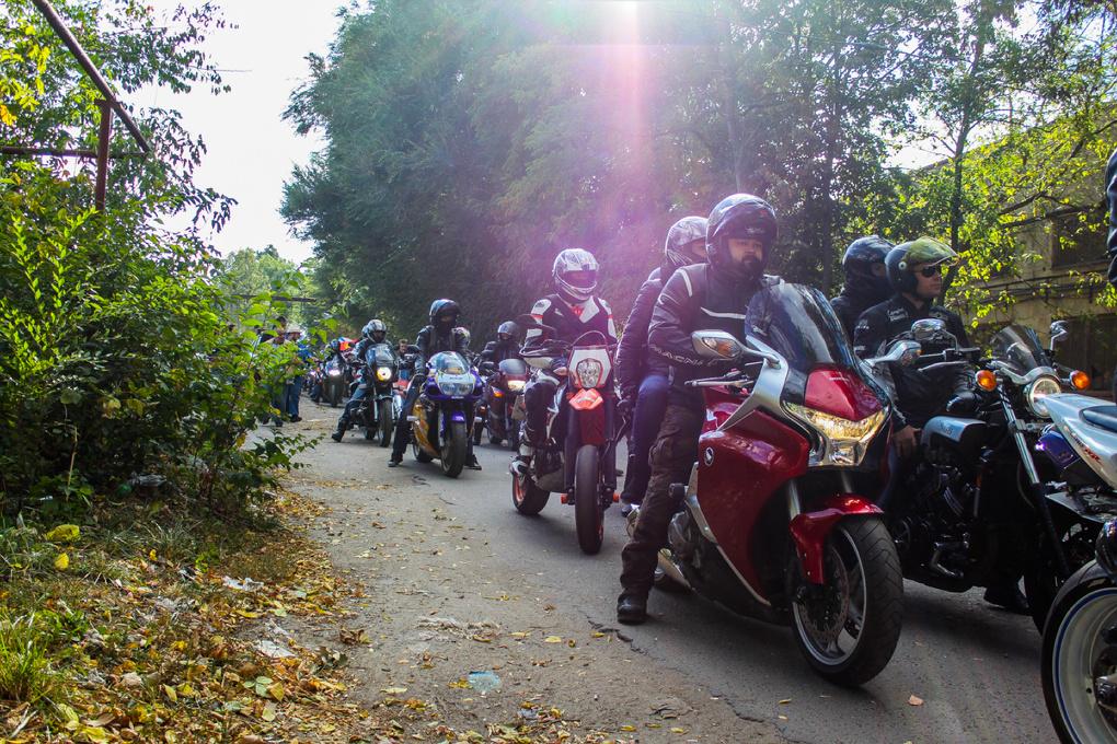 Солнце, ветер и десятки байкеров: в Тамбове состоялось закрытие мотосезона