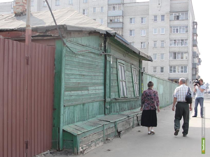 Ветхие дома в Тамбове: жильцы готовы переехать, да некуда
