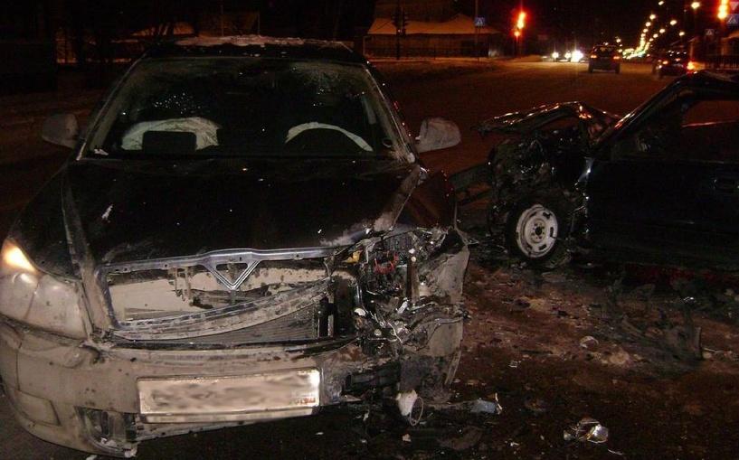 В Тамбове в ДТП попали сразу четыре машины