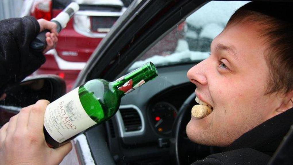 Под Старый Новый год автоинспекторы будут ловить водителей подшофэ