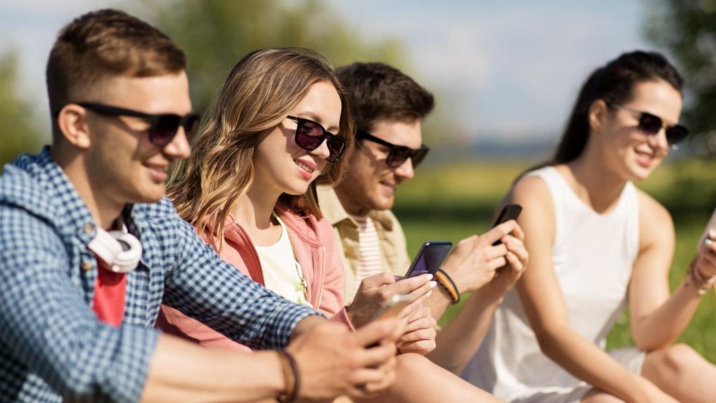 Число старшеклассников с собственными SIM-картами Tele2 в Тамбове за год увеличилось более чем в 1,5 раза