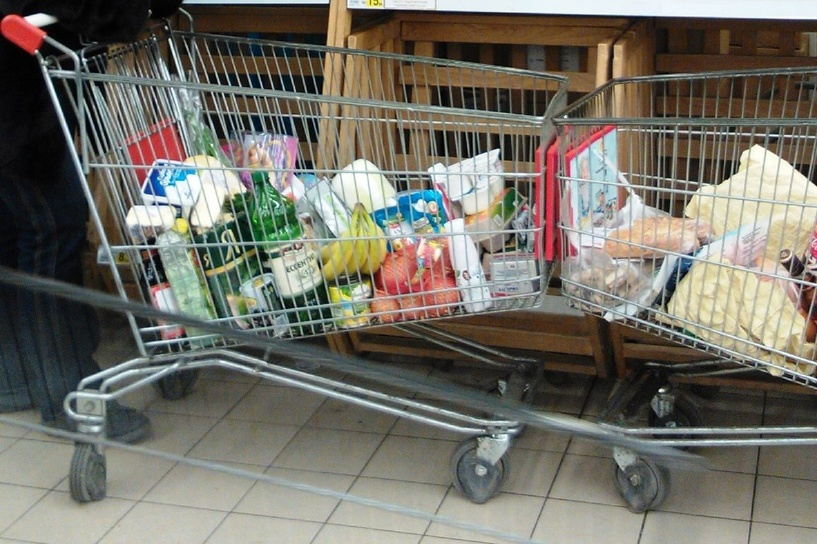 С начала года Генпрокуратура возбудила 1,5 тысячи дел о завышении цен на продукты