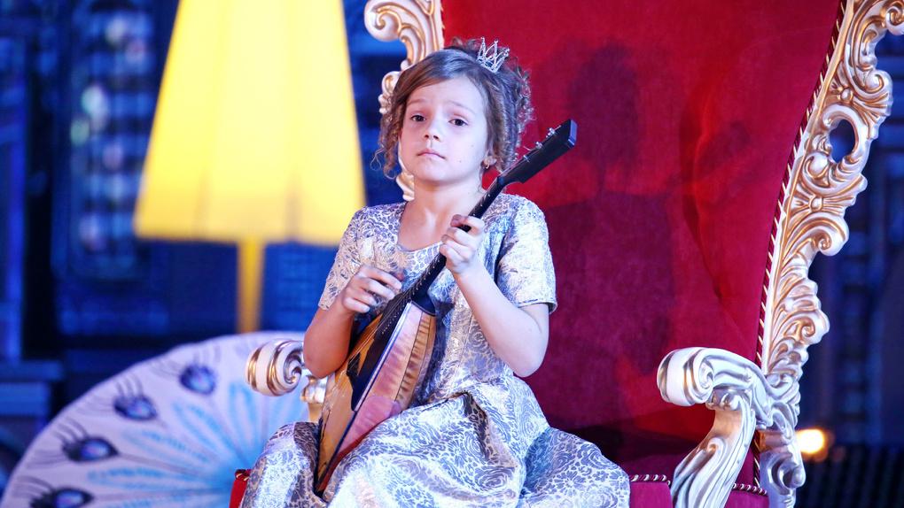 Тамбовская балалаечница Настя Тюрина стала победительницей всероссийского конкурса «Синяя птица»