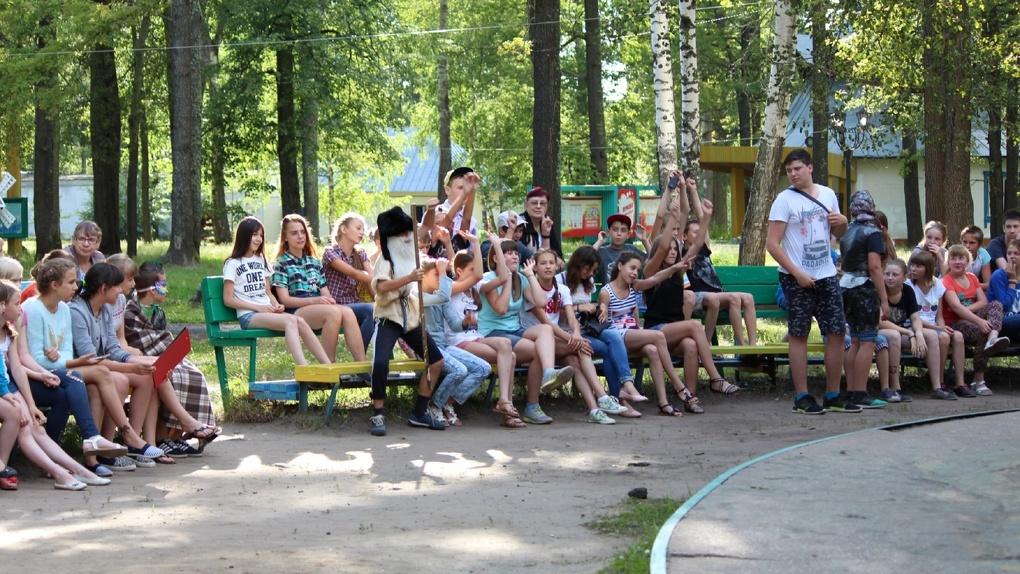 В летних лагерях Тамбовской области уже отдыхают около тысячи детей и подростков