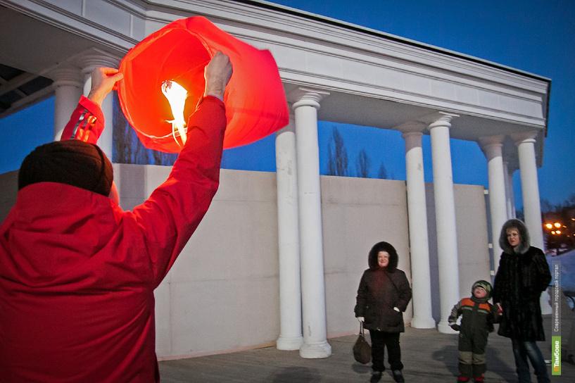 В Тамбове не состоялся массовый запуск небесных фонариков