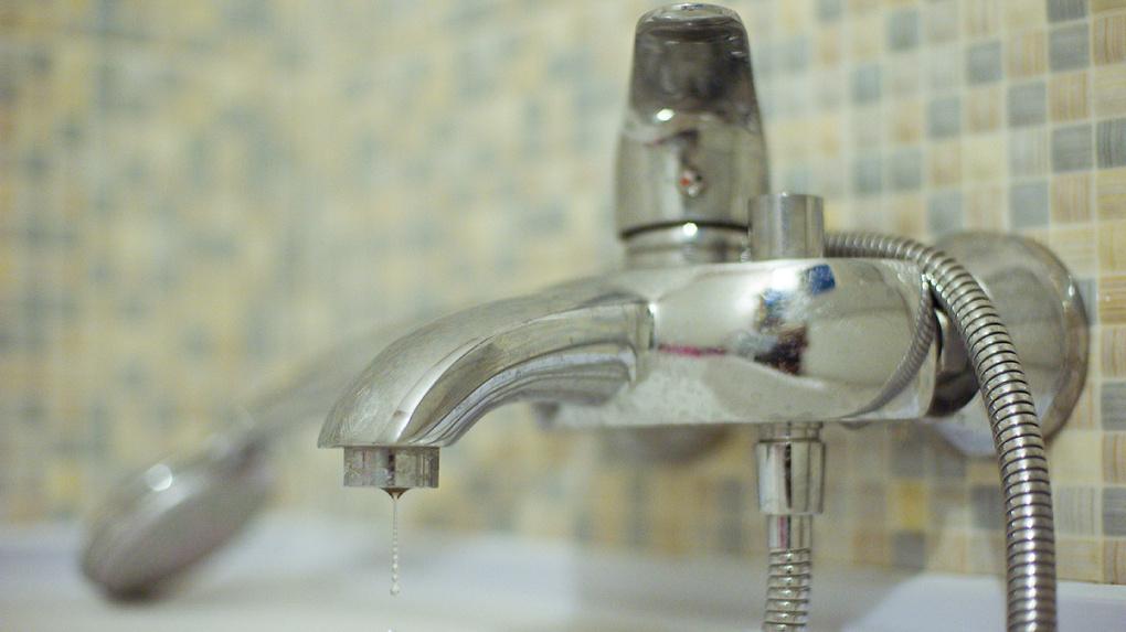 Пятый день без горячей воды: сегодня жителям Сабуровской обещают вернуть блага цивилизации