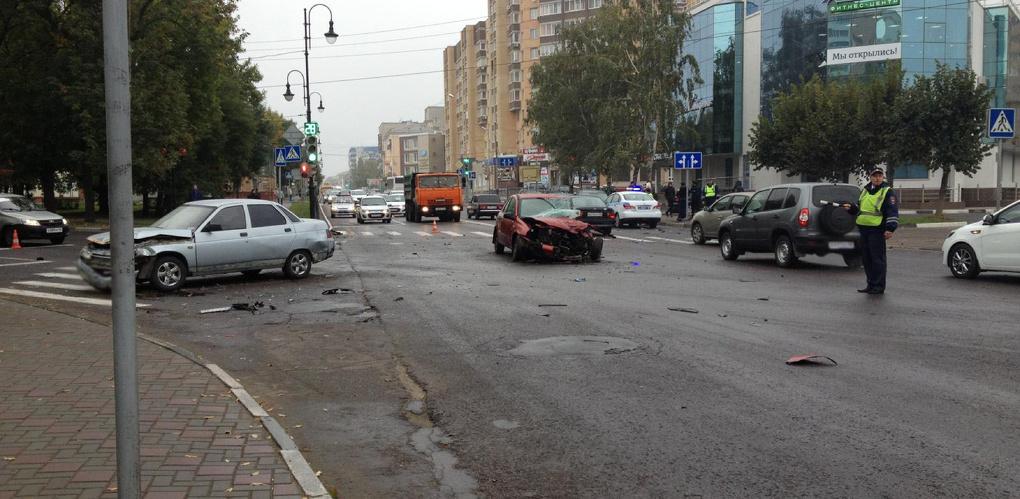 В аварии на Карла Маркса один человек погиб, ещё трое — получили травмы