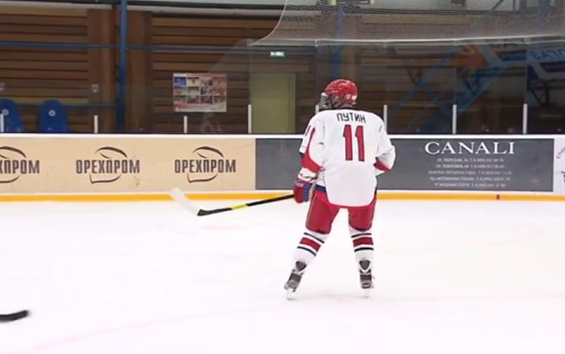 Владимир Путин сыграл в хоккей с бывшим и новым главами КХЛ