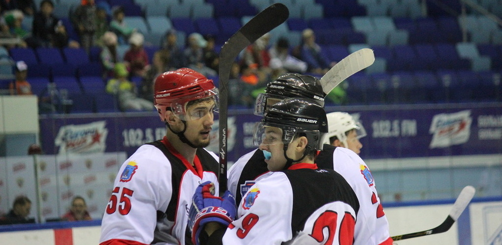 Тамбовские хоккеисты начали участие в Кубке Чувашии с победы