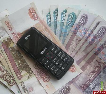 Тамбовские полицейские обвиняют дилеров сотовой связи в мошенничестве