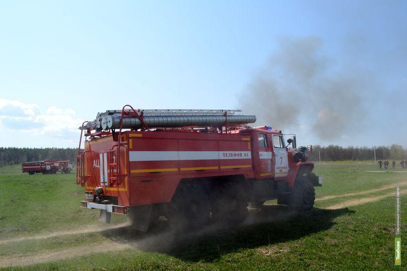На Тамбовщине горели ГАЗ-66 и полуприцеп