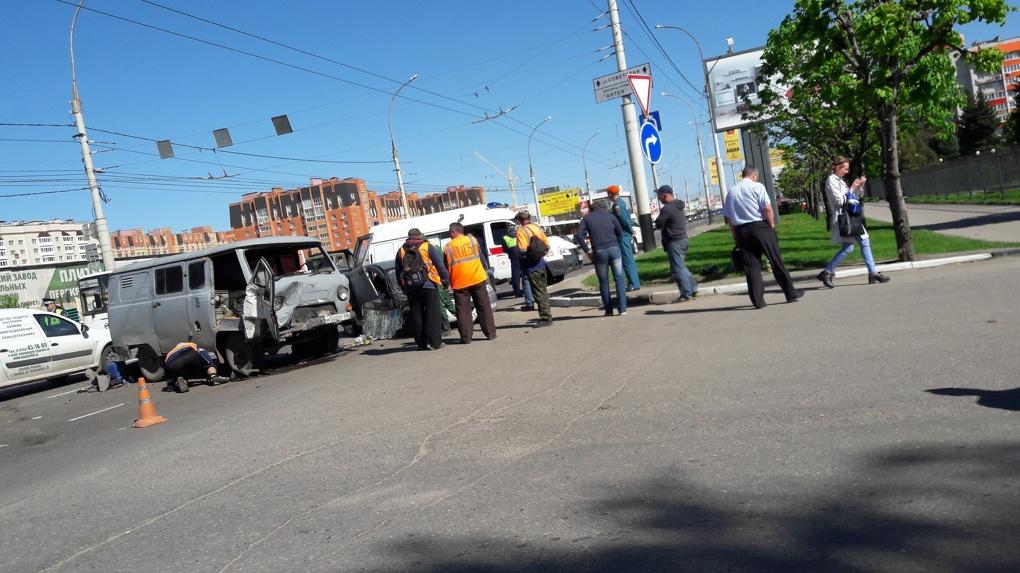 Тройное ДТП на Советской в Тамбове: есть пострадавшие