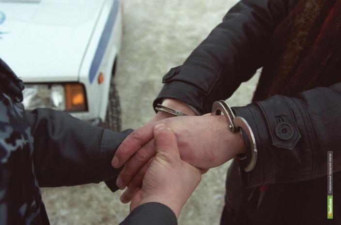 Тамбовского наркополицейского подозревают в нападении на патрульного