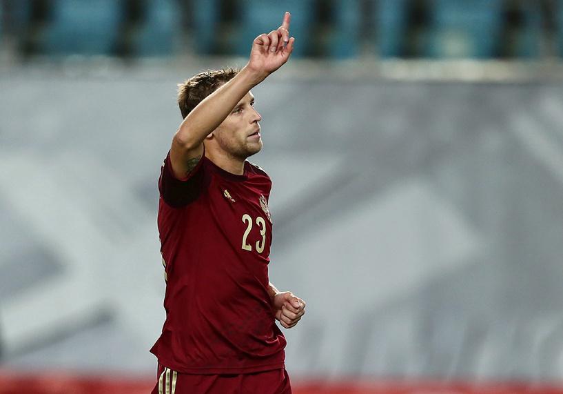 Россия стартовала с уверенной победы в отборочном турнире к ЧЕ-2016