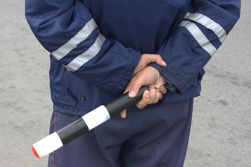 Автоинспектор устроился на службу с фальшивым дипломом