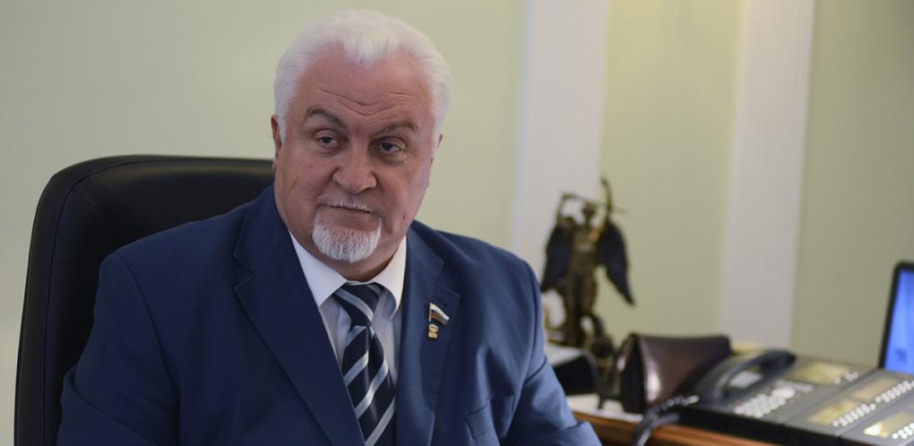Спикер облдумы получит награду от Конгресса муниципальных образований