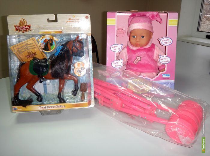 «Стань Дедом Морозом»: для детишек принесли первые подарки!