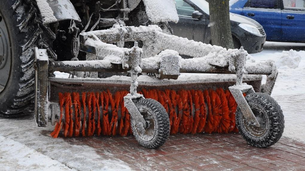 Снег, снег и ещё раз снег. Сколько зимних осадков вывезли за выходные?