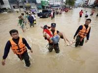 От наводнений в Таиланде погибло уже 175 человек