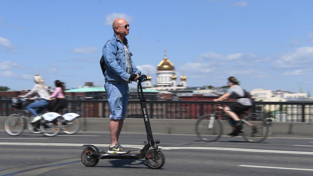 В России разработали правила дорожного движения для электросамокатов
